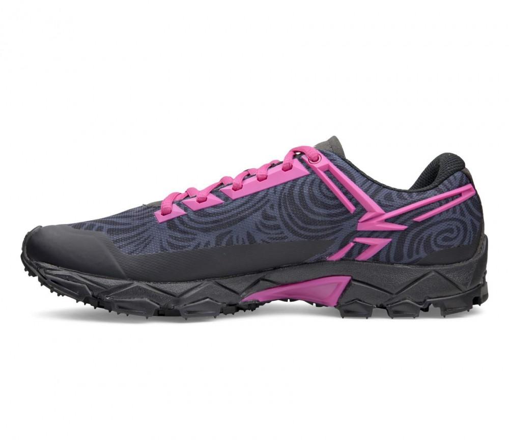salewa lite train chaussures de mountain running pour femmes rose noir acheter en ligne. Black Bedroom Furniture Sets. Home Design Ideas